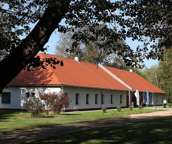 Elkészült a Hajósszentgyörgyi Erdészeti Erdei Iskola